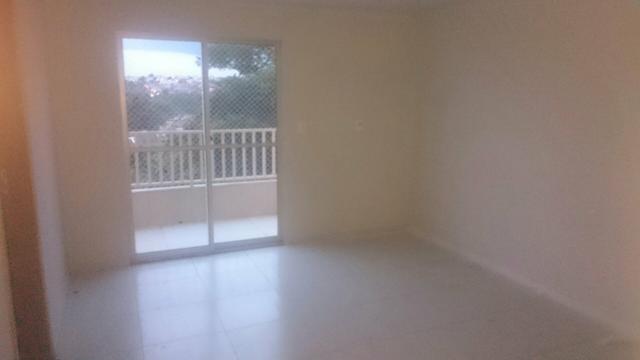 Apartamento residencial para locação, Jardim dos Gravatás (J