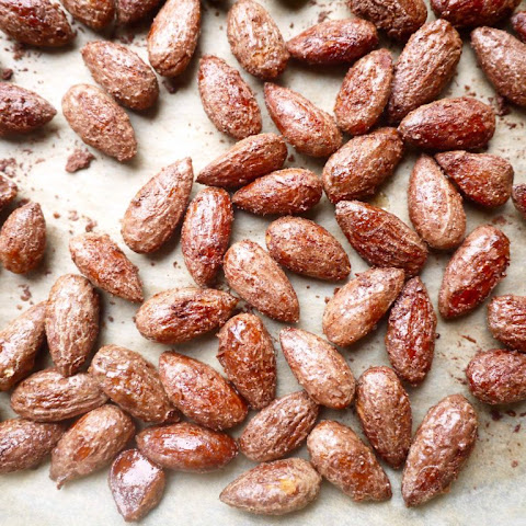 Cinnamon & Maple Roasted Almonds (paleo, GF)