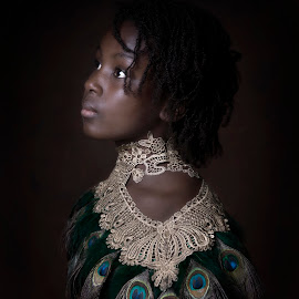 Nifemi by Carola Kayen-mouthaan - Babies & Children Child Portraits ( girl, fine art, children, portrait )