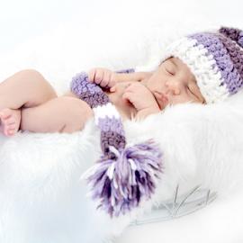 Portrait of a Newborn Girl by Judy Tomlinson - Babies & Children Babies ( pose, girl, basket, baby, portrait, newborn )