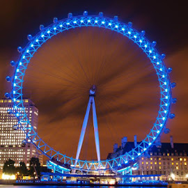 Spectacular View of London Eye Ferris Wheel by Lonnie Williams - City,  Street & Park  Street Scenes