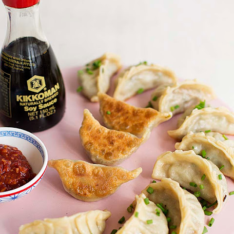 Accidentally Vegan Veggie Potstickers for your Monday