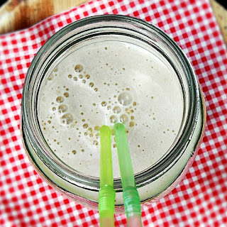 Banana, Honey and Walnut Shake