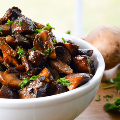 Smoky Garlic Roasted Mushrooms