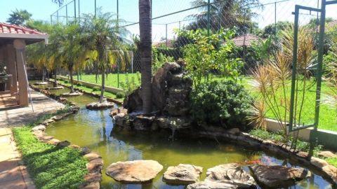 Sobrado residencial à venda, Village I, Jardinópolis.