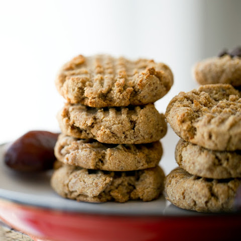 Easy Grain-Free Peanut Butter Cookies