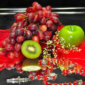 devine fruit by Debra Lynde - Food & Drink Fruits & Vegetables ( rosary, kiwi, pwcfruit, red grapes, green apple )