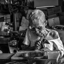 Traditional Signboard Maker by Adrian Choo - Black & White Portraits & People ( caligraphy, art, traditional, chinese, heritage )