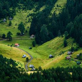 Village 2 by Nenad Borojevic Foto - Landscapes Travel