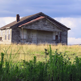 Faded Memories by Rick Covert - Buildings & Architecture Decaying & Abandoned ( arkansas, rural, farm, arkansas photographer, abandoned )