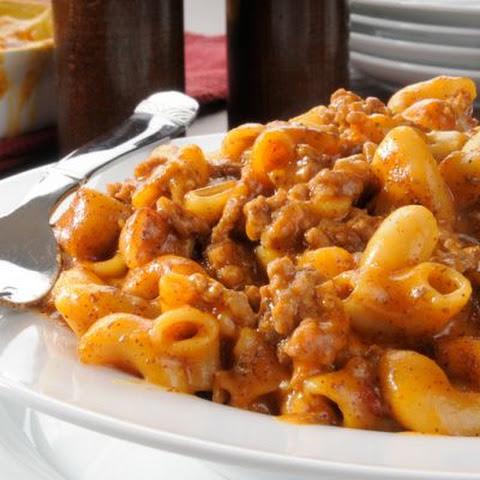 Hearty Chili Mac And Cheese