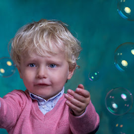 Catch me if you can! by Henk  Veldhuizen - Babies & Children Child Portraits ( colorful, little boy, child portrait, children, boy )