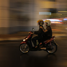 Panning Couple by Hadinata Lim - Transportation Motorcycles ( street, motorcycle, couple, transportation, people )