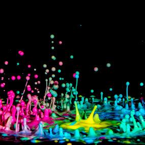 Sound liquify by Sylvain Millier - Abstract Water Drops & Splashes ( dynamic, liquid, splash, sylvain millier, sound, colors, vivid, paint, photographe )
