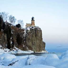 Split Rock Lighthouse by Alison Gimpel - Landscapes Weather ( minnesota, lighthouses, lakesuperior, landscape, splitrock,  )