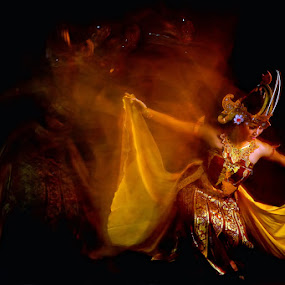 by Hendri Suhandi - People Musicians & Entertainers