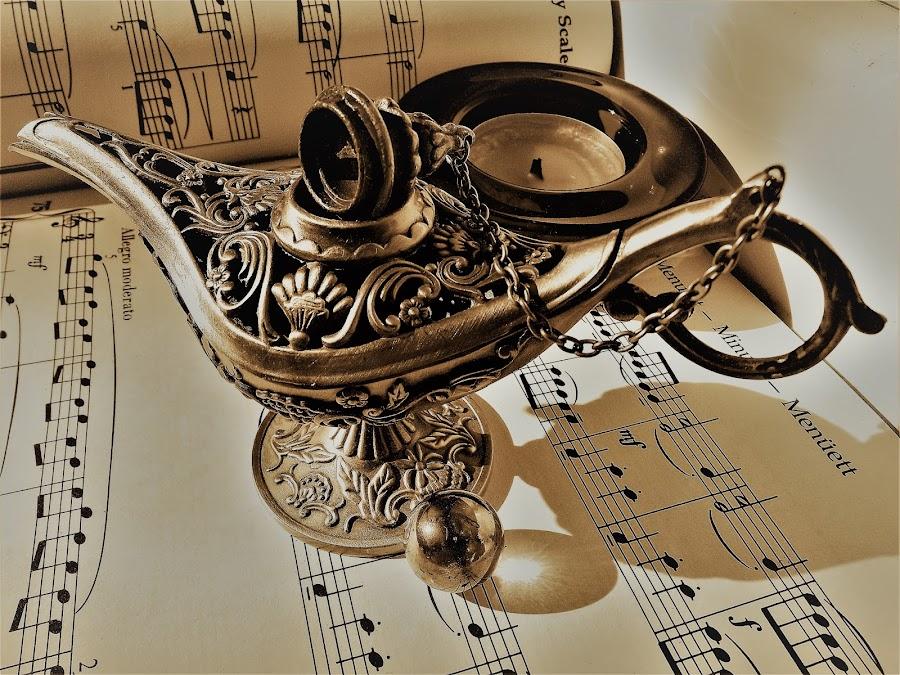 by László Nagy - Artistic Objects Antiques