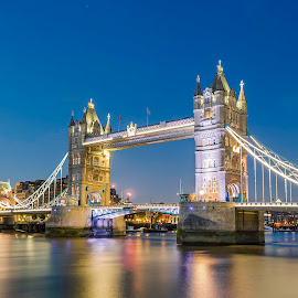 Tower bridge of London by Nikolas Ananggadipa - City,  Street & Park  Night ( lights, contrast, england, uk, london, night, long exposure, bridge )