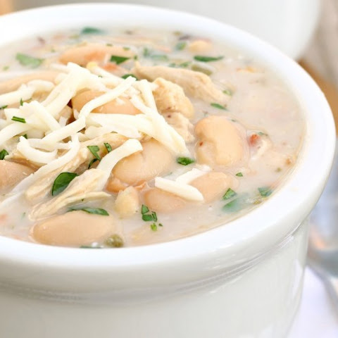 Copycat Ruby Tuesday's White Chicken Chili