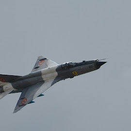 fast and noisy by Rux Georgescu - Transportation Airplanes ( airplane, military, airshow )