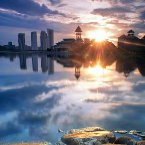Pullman by Zackri Zim's - Landscapes Waterscapes ( zackri zim's, vertical, reflection, hdr, waterscape, putrajaya, malaysia, landscape, kitlens, d3000, nature, pullman putrajaya, sunrise, nikon )