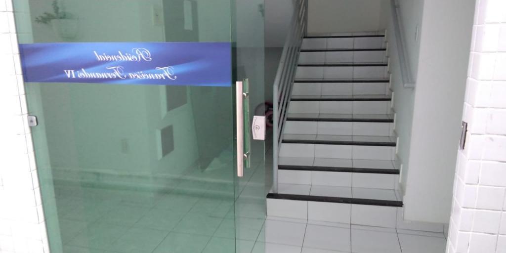 Apartamento com 3 dormitórios para alugar, 100 m² por R$ 1.300/ano - Bessa - João Pessoa/PB