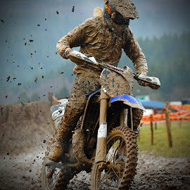 Clump Distribution by Marco Bertamé - Sports & Fitness Motorsports ( curve, turn, mud, bike, motocross, rainy, spreading, clumps, motorcycle, race, competition,  )