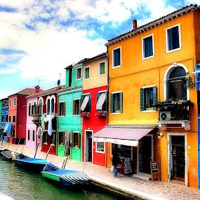 Colori di Burano by Pieter Arnolli - Buildings & Architecture Public & Historical ( europe, veneto, burano, travel, italy )