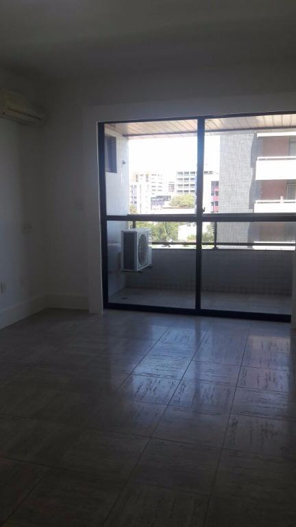 Apartamento residencial à venda, Cabo Branco, João Pessoa - AP5069.
