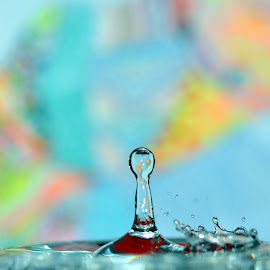 waterdrop and crown by Paul Wante - Abstract Water Drops & Splashes ( abstract, splash, colors, waterdrops, photography )