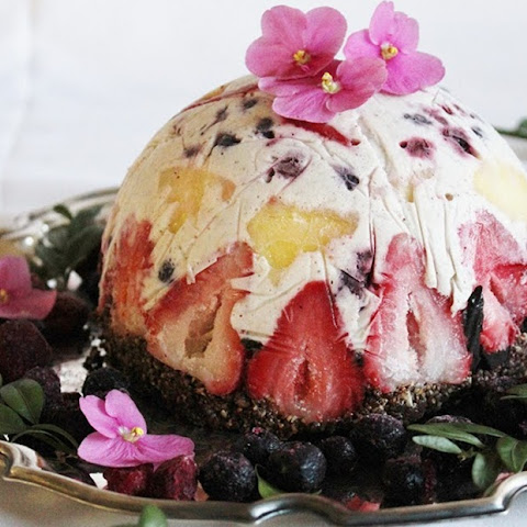 Raw Fruit and Coconut Ice Cream Cake with Brownie Crust [Vegan]