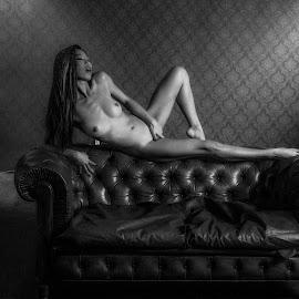 Intimacy by Adriano Ferdinandi - Nudes & Boudoir Boudoir