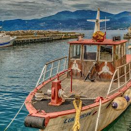 on safe by Eseker RI - Transportation Boats