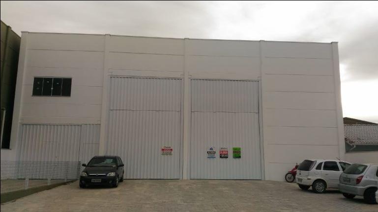 Galpão para alugar, 700 m² por R$ 7.000/mês - Centro - Tijucas/SC