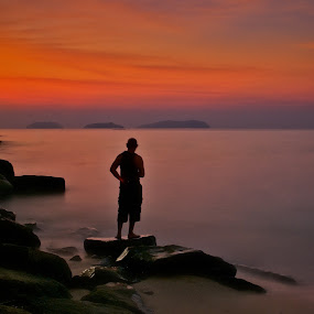Silhouette by Kenny Lee - Landscapes Travel