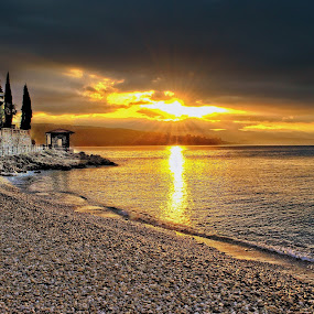A beautiful sunrise in Opatija by Borna Cuk - Landscapes Sunsets & Sunrises ( clouds, opatija, sky, sunrises, beautiful sunrise, beautiful, croatia, sea, beach, sunrise, landscape, hrvatska )