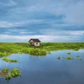 :: Lonely :: by Irwan Kairuman - Landscapes Waterscapes ( landscape )