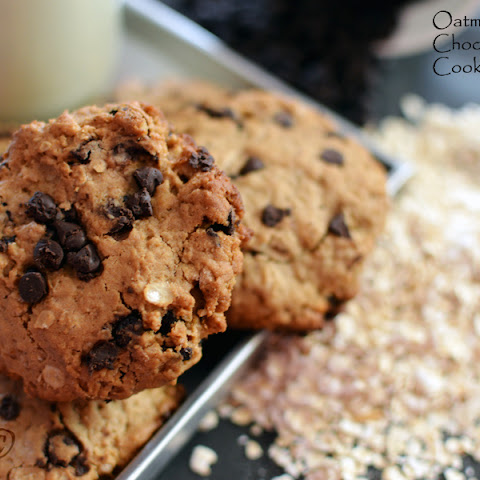 Oatmeal and Chocolate Chip Cookies!
