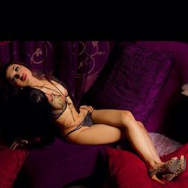Hai. #girls #bodyscape #jakarta #indonesia #boudoirΤнäиκ чöü  all likers•*¨*•.¸¸♥♡☆ by Merah Saga - Nudes & Boudoir Boudoir