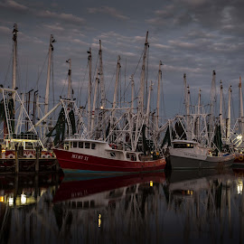 Time to Say Goodnight by Ron Maxie - Transportation Boats