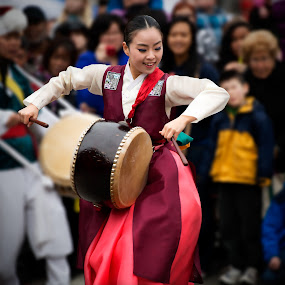 Dancing by Peter Cheung - People Musicians & Entertainers ( korean traditional dance, pwccandidcelebrations )