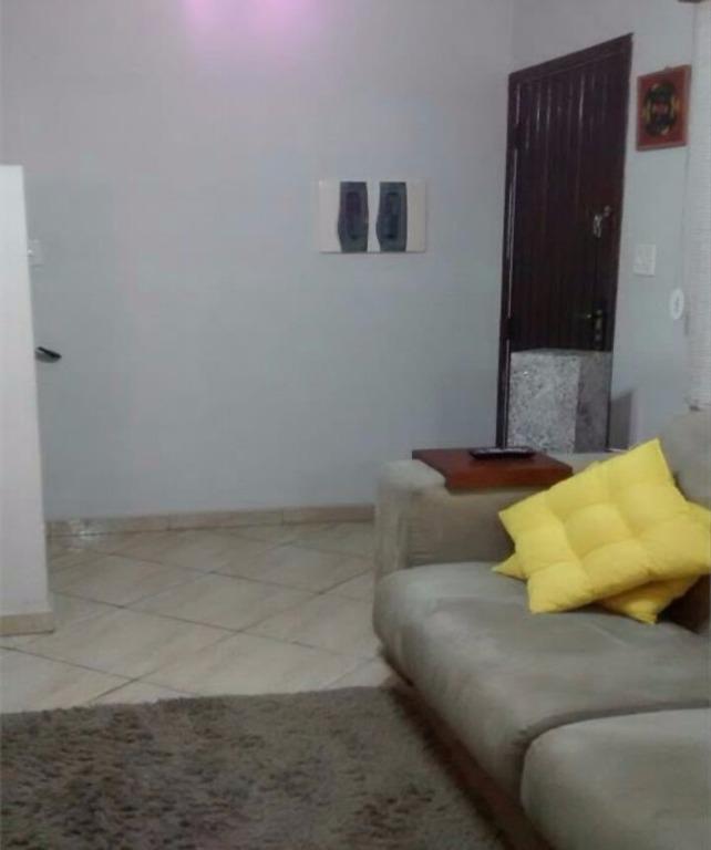 Casa com 2 dormitórios à venda, 85 m² por R$ 250.000 - Vila Voturua - São Vicente/SP