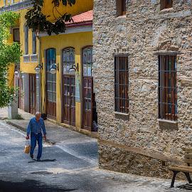 by Murat Besbudak - People Street & Candids
