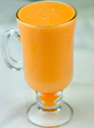 PINEAPPLE SMOOTHIE WITH CARROTS