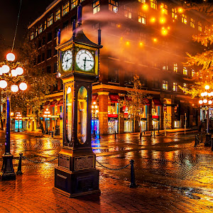 IMG_4793 edited,steam,clock,gastown,night,rain,.jpg