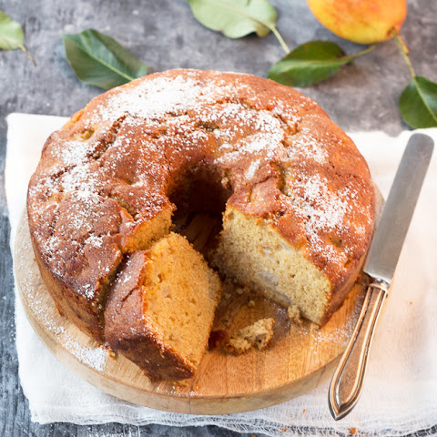 ANISE-SCENTED PEAR CAKE