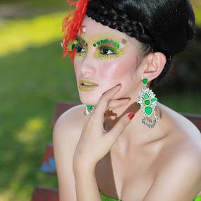 Model Kartika by Adi Mumun'k - People Fashion