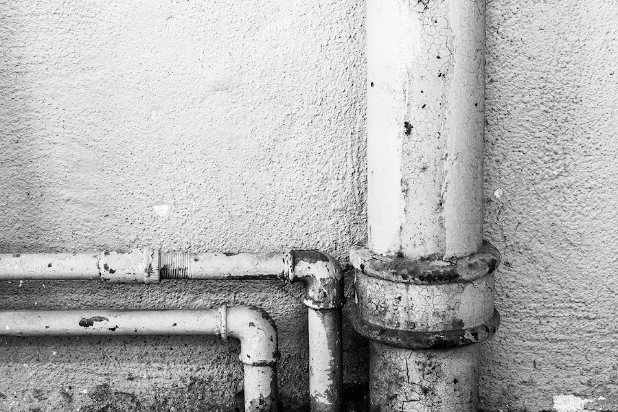 Old pipe by Thomas Ohlsson - Buildings & Architecture Architectural Detail ( fotograf thomas ohlsson, call for plumber, thomas ohlsson, bw, pipe )