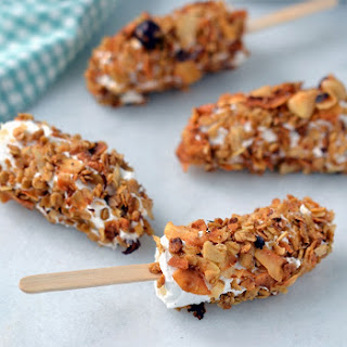 Granola & Coconut Yogurt Banana Pops (with Spoon Cereals)
