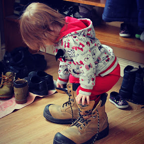 Big Boots by Julie Quesnel - Babies & Children Children Candids ( child, shoes, work, fit, red, grow, grow up, to big, oversized, young, boots )